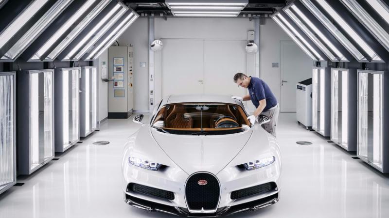 2017 bugatti chiron production at molsheim factory 8gfgf