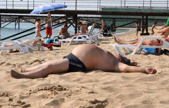 beach hard body35