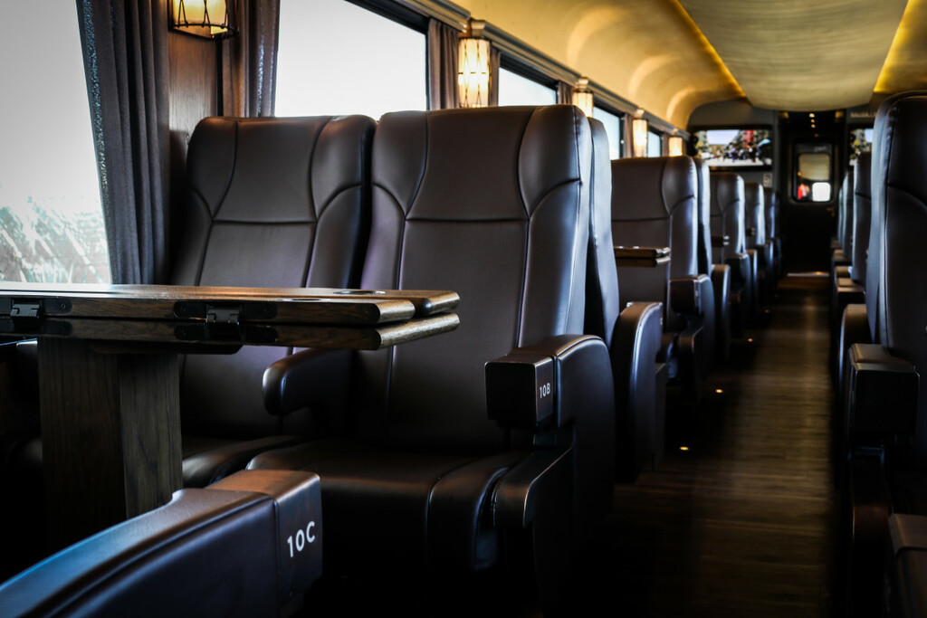 Μπορείς να φανταστείς τον εαυτό σου να πίνει τεκίλες σε τρένο;