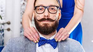 6+1 πραγματάκια που καλό είναι να αποφύγεις στο ντύσιμό σου φέτος