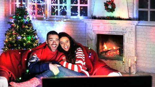«Αγάπη μου, θες να αράξουμε μέσα τα Χριστούγεννα;»