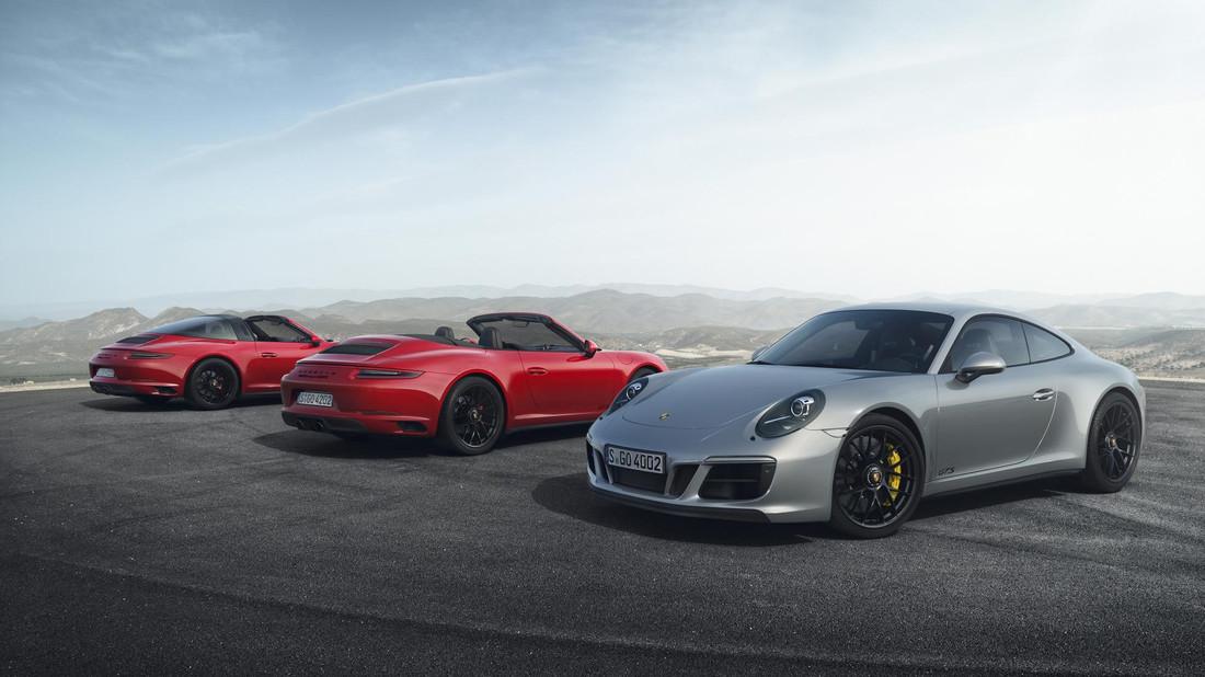 Oι νέες 911 GTS δεν τρέχουν. Καλπάζουν