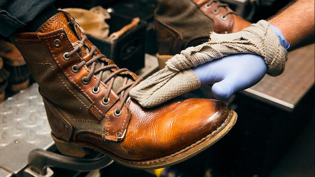 Το παπούτσι δεν τo γυαλίζουμε μόνο στον στρατό πατριώτη