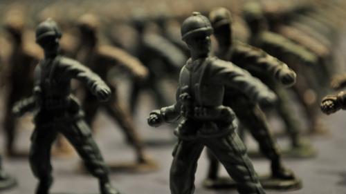 Η έκθεση με τα 10.000 στρατιωτάκια που θα ξυπνήσει τις πιο βαθιές σου μνήμες