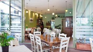 Τα 5 καλύτερα μέρη στην Αθήνα για μπακαλιάρο και σκορδαλιά