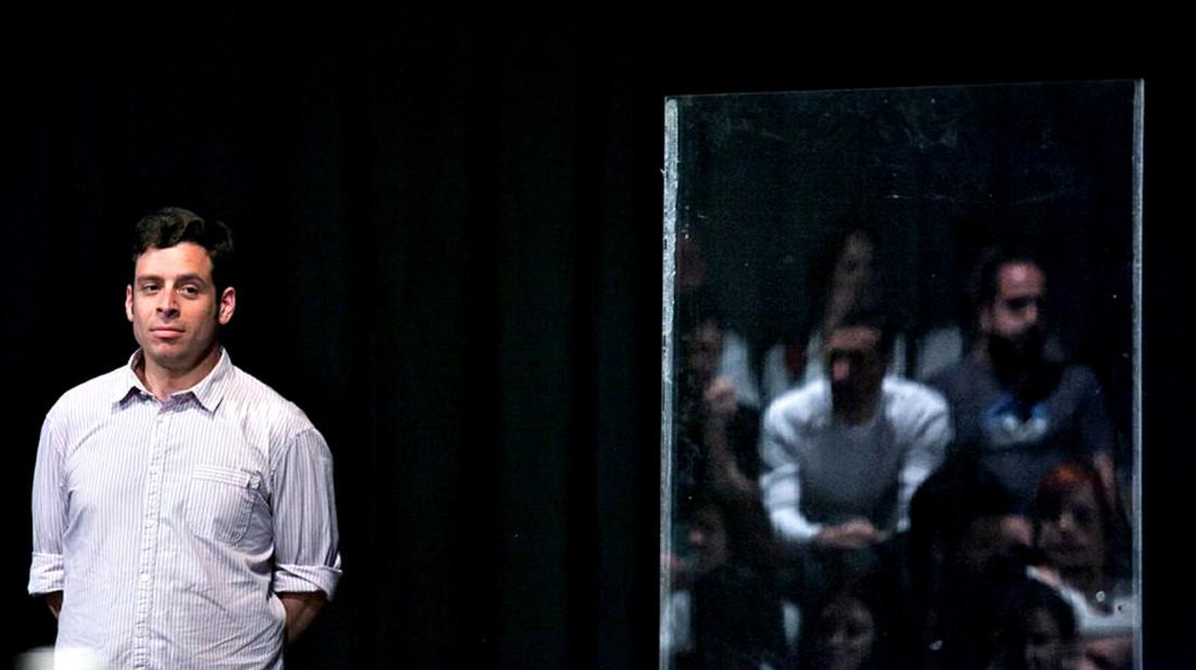 Γιάννη Σαρακατσάνη, πώς έφτασε το Bob Theatre Festival μέχρι το Φεστιβάλ Αθηνών;