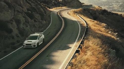 Να περάσουμε να σε πάρουμε για μια βόλτα με το Subaru WRX;
