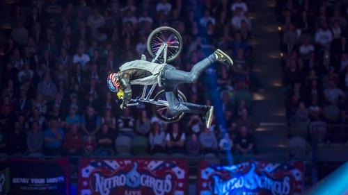Τα απίστευτα ακροβατικά του Ryan Williams μόνο με ένα ποδήλατο