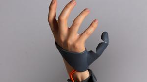 Τι θα έκανες αν είχες και έκτο δάχτυλο;