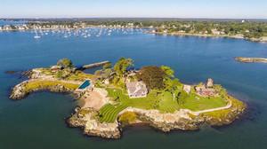 Ψήνεσαι για ιδιωτικό νησάκι δέκα λεπτά μακριά από το Μανχάταν;