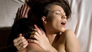 Τι να κάνεις αν σε πιάνει νευρικότητα πριν το σεξ