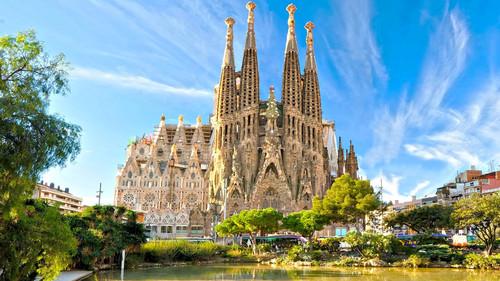 Η καλύτερη φάση για να πας στη Βαρκελώνη είναι ΤΩΡΑ!