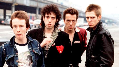 5 μελαγχολικά τραγούδια των Clash που με έμαθαν ανθρωπιά