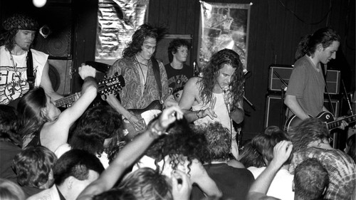 H ιερή τετράδα της Grunge μας στέλνει πίσω στην εφηβεία