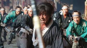 Άγριοι Σαμουράι προκαλούν σπλάτερ μακελειό στο «Blade of the Immortal»