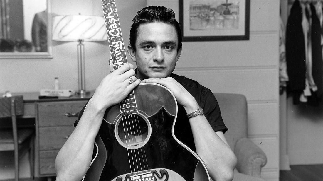 Johnny Cash: O ψαρωτικός βαρύτονος που σιχαινόταν το σταριλίκι