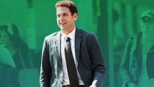 To πράσινο σακάκι του Τζόνα Χιλ είναι για γενναίους