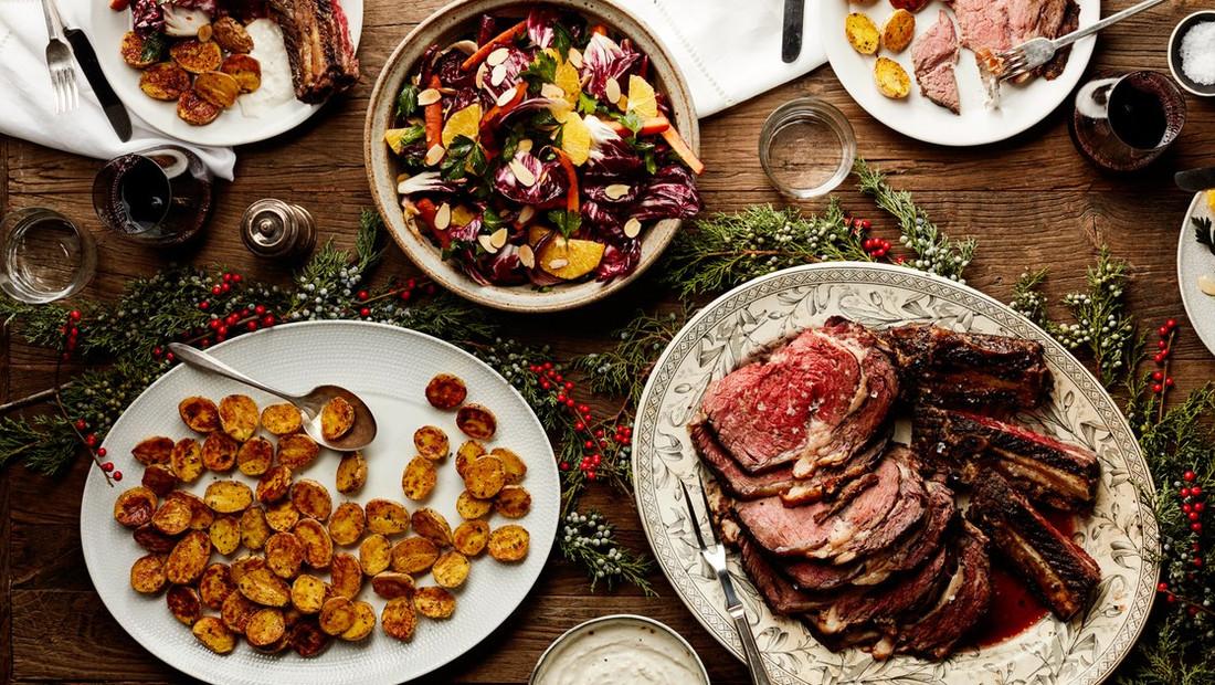 14 Χριστουγεννιάτικα γεύματα από όλο τον πλανήτη