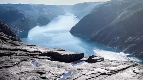 Το road trip στη Νορβηγία περνάει σε άλλη διάσταση
