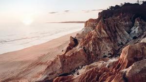 Στις ακτές της Πορτογαλίας βρίσκεται η απόλυτη μαγεία