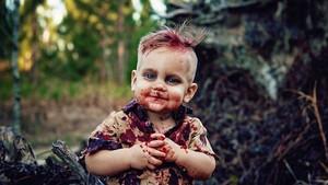 Μια μητέρα έστησε φωτογράφηση στον γιο της α λα Carl από Walking Dead