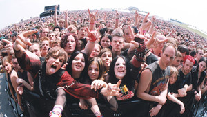 Νευρωτικοί και καθόλου ευχάριστοι οι φανς των Placebo και Marilyn Manson