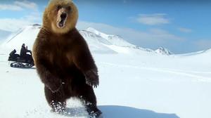 Μια φορά κι έναν καιρό, δυο Χαζοβιόληδες βγήκαν βόλτα με τα snowmobiles τους...