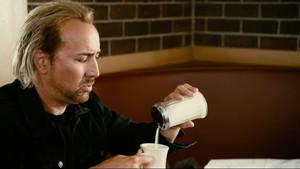 Πιες καφέ, αγόρι μου, να κάνεις μούσκουλα!