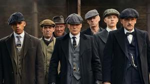 Το σηκώσανε αδέρφια: Το Peaky Blinders κέρδισε BAFTA Καλύτερης Δραματικής Σειράς
