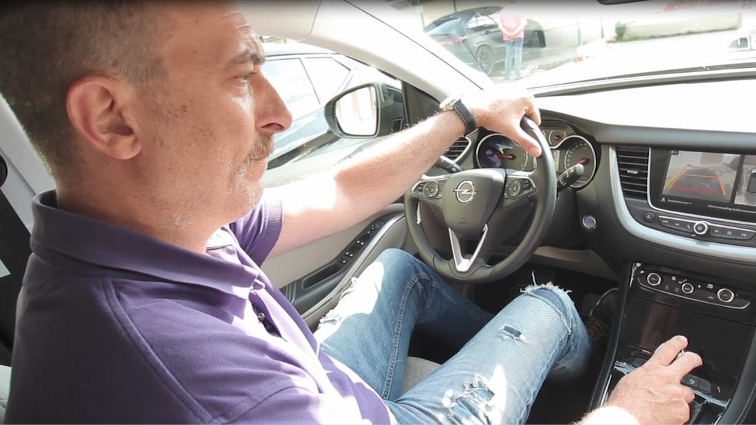 Ο Κώστας Βαϊμάκης «κεράτωσε» τη μηχανή του για τα μάτια ενός Opel Grandland X