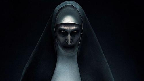 Μετά από το τρέιλερ του Nun δεν θα ξαναχαιρετήσεις καλόγρια στο δρόμο