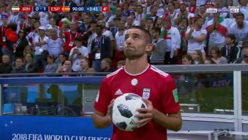 Βρήκαμε τι εμπόδισε τον παίκτη του Ιράν να εκτελέσει το ζογκλερικό του αράουτ!