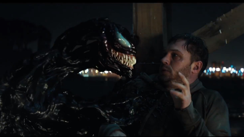 O Venom βγάζει τον Τομ Χάρντι από μέσα του