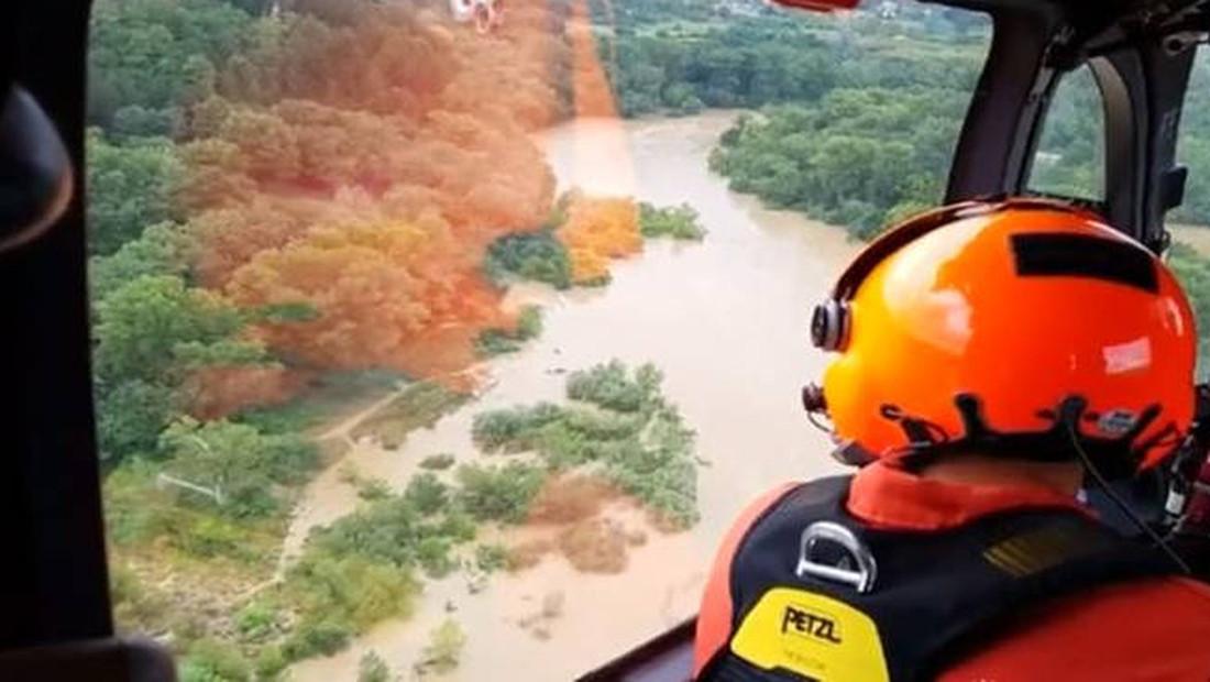Συγκλονιστικές εικόνες από τις πλημμύρες στη Νότια Γαλλία