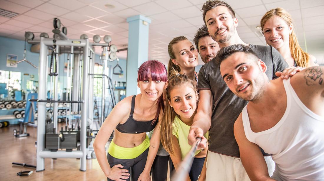 Εκατομμύρια έτη φωτός μπροστά: Γυμναστήριο έφτιαξε ειδική αίθουσα selfie για τους σαλιάρηδες