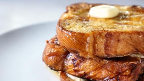 Σε 5 λεπτά θα μάθεις να φτιάχνεις το πιο νόστιμο French Toast