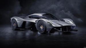 To hypercar της Aston Martin ανατριχιάζει την άσφαλτο
