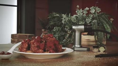 Κοτομπουκιές με καπνιστή barbecue sauce