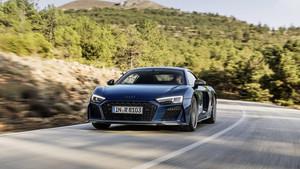 Το Audi R8 επανέρχεται πιο απειλητικό από ποτέ
