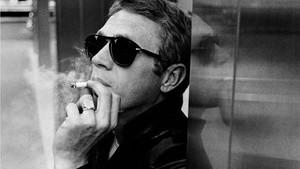 Θα ξαναφορούσες σήμερα τα αυθεντικά γυαλιά του Steve McQueen;