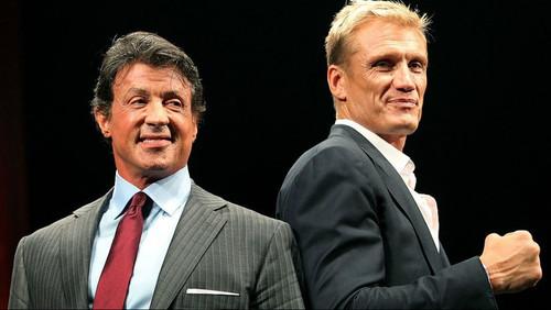 Πανηγυρίζουμε με γροθιές υψωμένες για τις γροθιές ανάμεσα σε Rocky και Drago στο «Creed II»