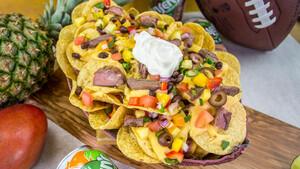 Η καλύτερη συνταγή με Nachos για όσους ξενυχτήσουν με το Super Bowl