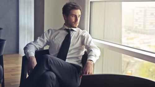 4 πράγματα που πρέπει να προσέχεις όταν διαλέγεις πουκάμισο