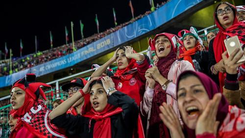 Oι γυναίκες κερδίζουν έδαφος στους φωτογραφικούς διαγωνισμούς