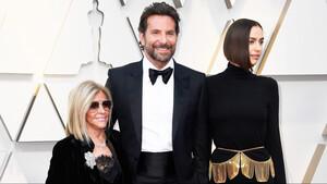 Δόξα και Τιμή στον «μαμάκια» Bradley Cooper