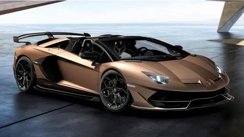 Ιδού η θηριώδης Aventador