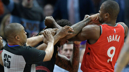 Εξακολουθεί να είναι είδηση ότι έπεσε ξύλο στο NBA;