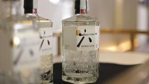 Το Roku συστήνει την υπεροχή των ιαπωνικών gin