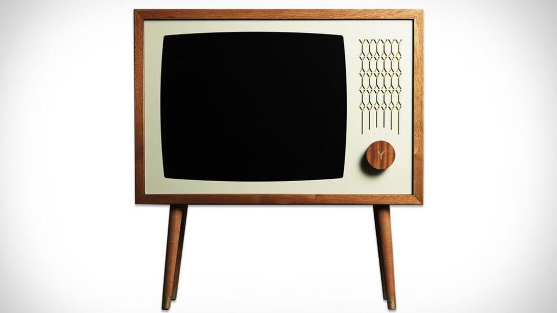 f289b2aa2a Η ξύλινη τηλεόραση που θα λατρέψεις - RatPack.gr