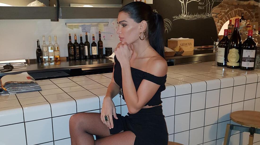 Η Jovana Djordjevic θέλει να την απολαύσεις με κατάνυξη